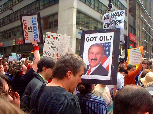 anti-bush-protest-march-new-york-city